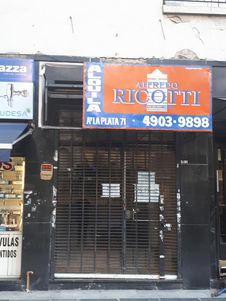 Foto Local en Alquiler en  P.Junta,  Caballito  Avenida Rivadavia al 5500