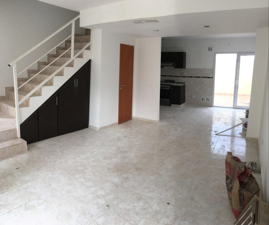Foto Casa en Venta |  en  Rada Tilly,  Escalante  Duplex Barrio Mirador