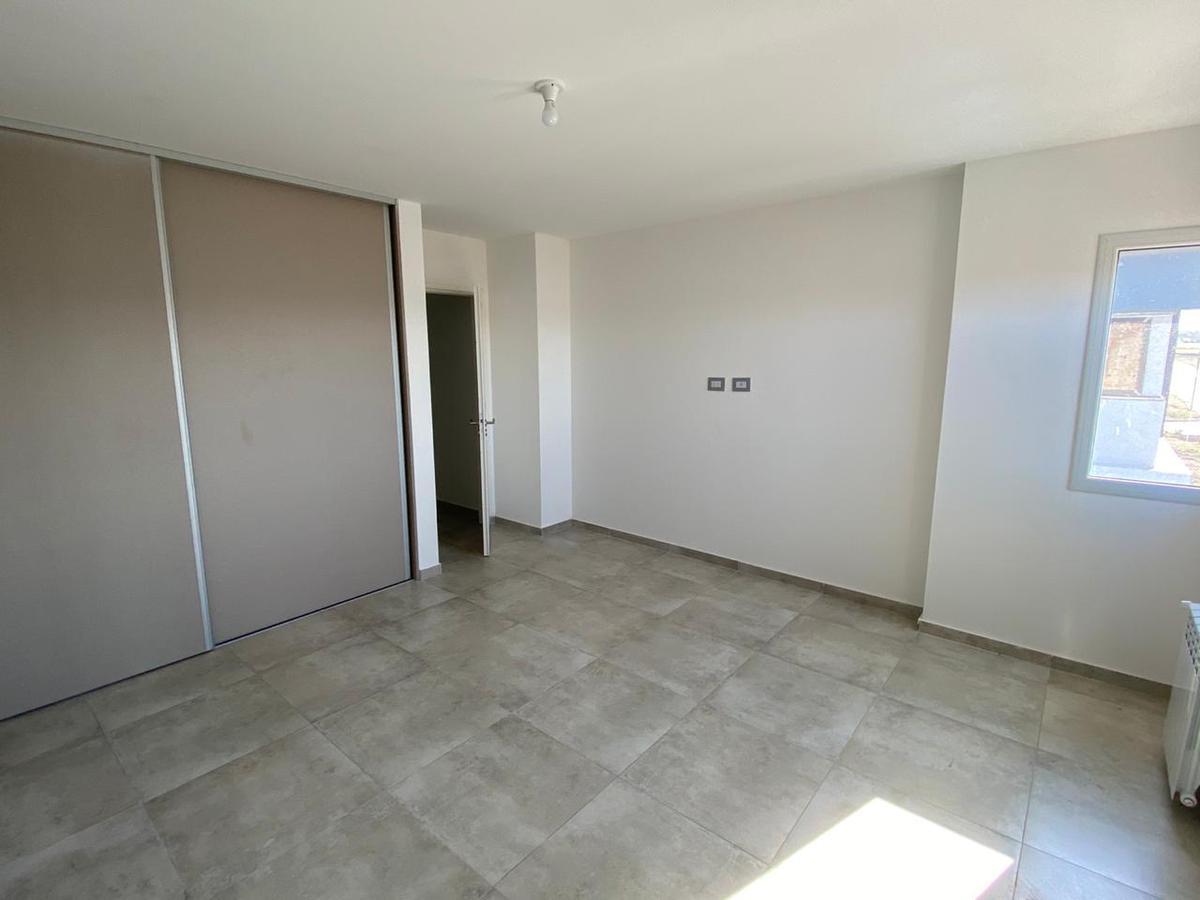 Foto Casa en Venta en  Docta,  Cordoba Capital   HERMOSO DUPLEX EN DOCTA- 3 DORMI