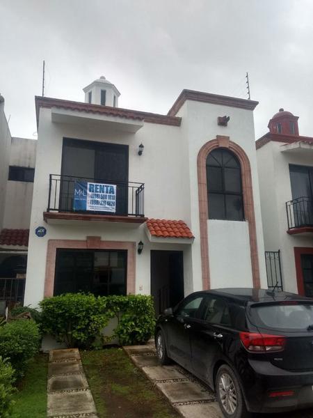 Foto Casa en condominio en Renta en  San Jerónimo II,  Cancún   Casa en Renta en San Geronimo II de 3 recámaras. Avenida  Las Torres.. Supermanzana 523. Cancún, Quintana Roo México
