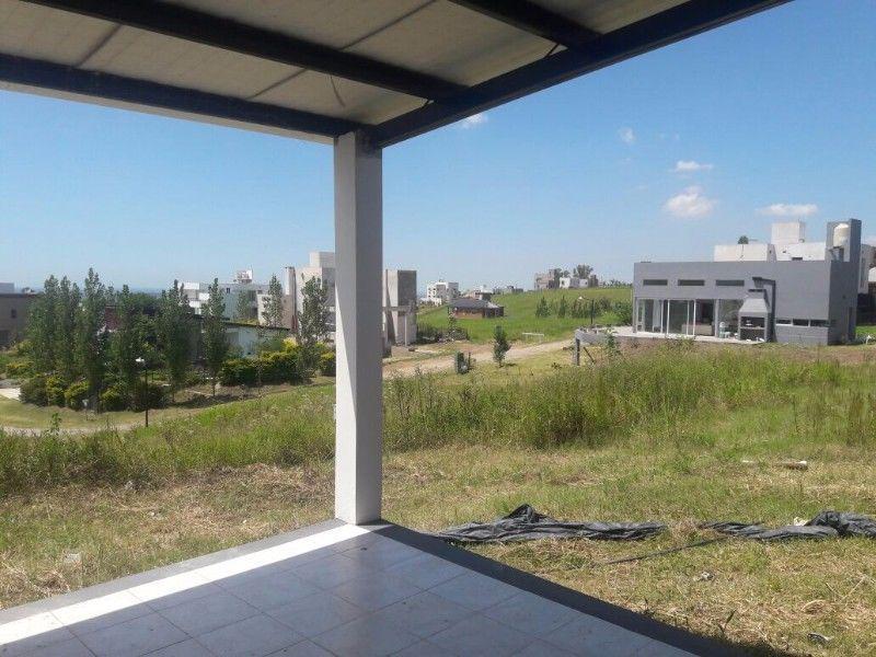Foto Casa en Alquiler en  Tafi Viejo ,  Tucumán  Country Loma Linda