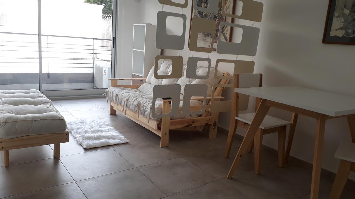 Foto Departamento en Alquiler temporario en  Monserrat,  Centro  Venezuela al 1200