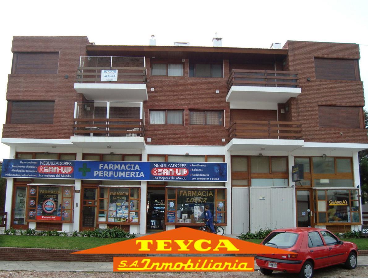 Foto Departamento en Alquiler temporario en  Centro Playa,  Pinamar  Burriquetas 46 e/ Av. Bunge y Gaviotas