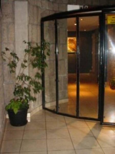 Foto Departamento en Alquiler en  Almagro ,  Capital Federal  Tte. Juan Domingo Perón  4100 5