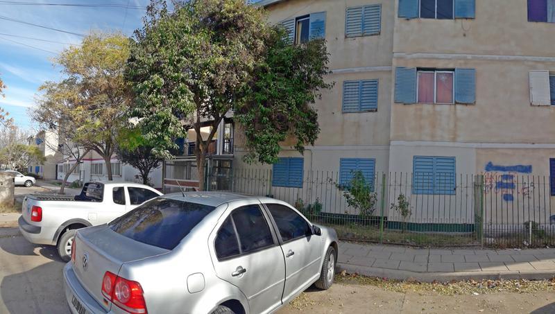 Foto Departamento en Venta en  1224 viviendas,  Cipolletti  MANUEL ESTRADA 1900