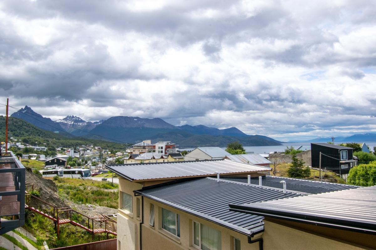 Foto Departamento en Venta en  Macrocentro,  Ushuaia  altos de beban