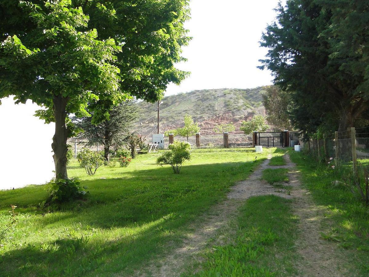 Foto Casa en Venta en  Centenario,  Confluencia  Ruta 7