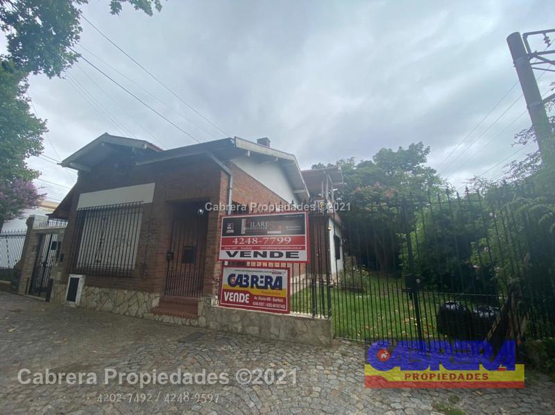 Foto Casa en Venta en  Banfield Oeste,  Banfield  Martin Capello N° 5