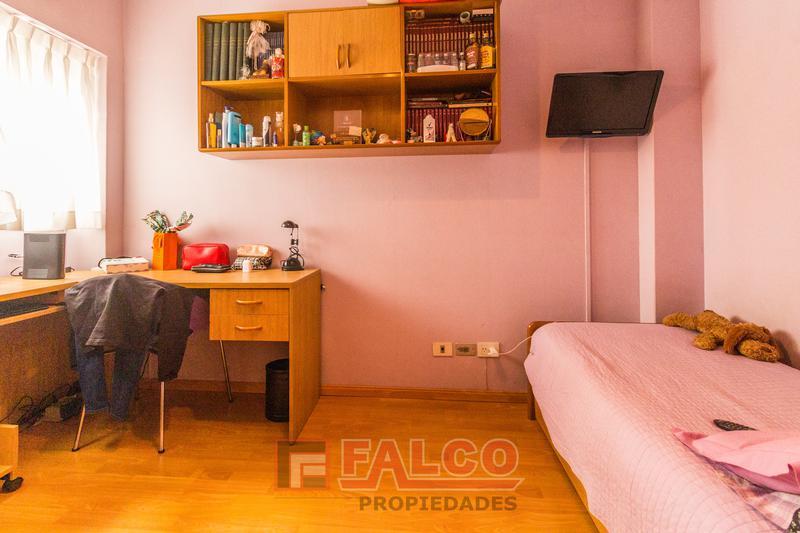 Foto Departamento en Venta en  Caballito ,  Capital Federal  Martin de Gainza y Rivadavia