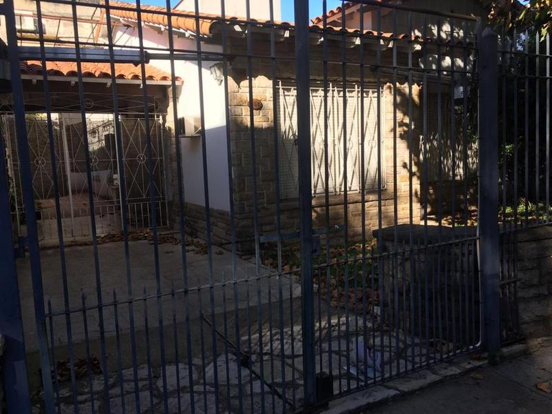 Foto Casa en Venta en  Lomas de Zamora Oeste,  Lomas De Zamora  CARLOS CROCE al 835