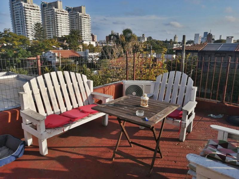 Foto Casa en Venta en  Buceo ,  Montevideo  Dos  cuadras Av Rivera, dos casa en venta
