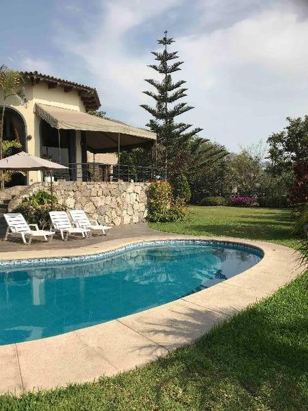 Foto Casa en Venta en  Santiago de Surco,  Lima  CALLE LA CUMBRE 1XX - CASUARINAS