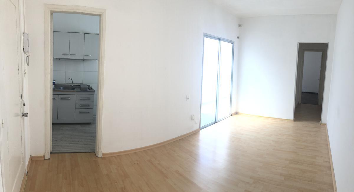 Foto Apartamento en Alquiler en  La Blanqueada ,  Montevideo  La Blanqueada - 1 Dorm con patio