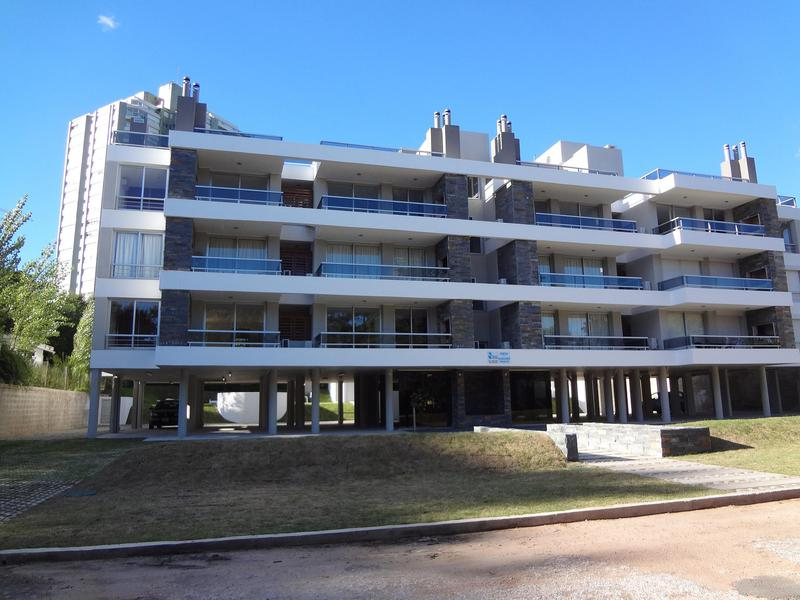 Foto Departamento en Alquiler temporario en  Punta del Este ,  Maldonado  Playa Mansa PArada 17