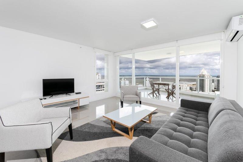 Foto Departamento en Venta en  Roosevelt,  Punta del Este  Apartamento completamente equipado en uno de los pisos más altos de ONE