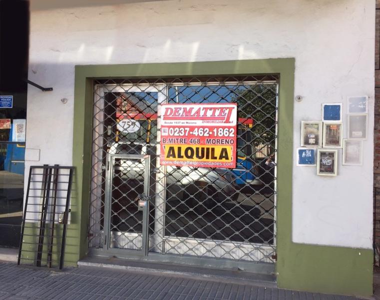 Foto Local en Alquiler en  Moreno,  Moreno  Local Fte. Hospital - Av. Libertador esq. Carlos Pellegrini