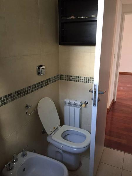 Foto Departamento en Venta en  Lomas de Zamora Oeste,  Lomas De Zamora  Alem al 200