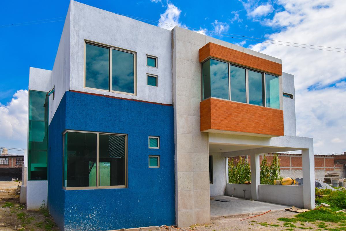 Foto Casa en condominio en Venta en  San Bartolomé Tlaltelulco,  Metepec          CASA EN VENTA PARA ESTRENAR EN FRACCIONAMIENTO UBICADO EN METEPEC,  ESTADO DE  MÉX.