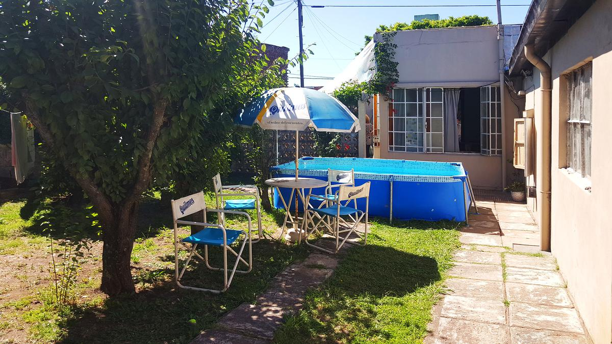 Foto Casa en Venta en  Ensenada,  Ensenada  Calle Perú N°219 e/ H. Irigoyen y Aristóbulo del Valle