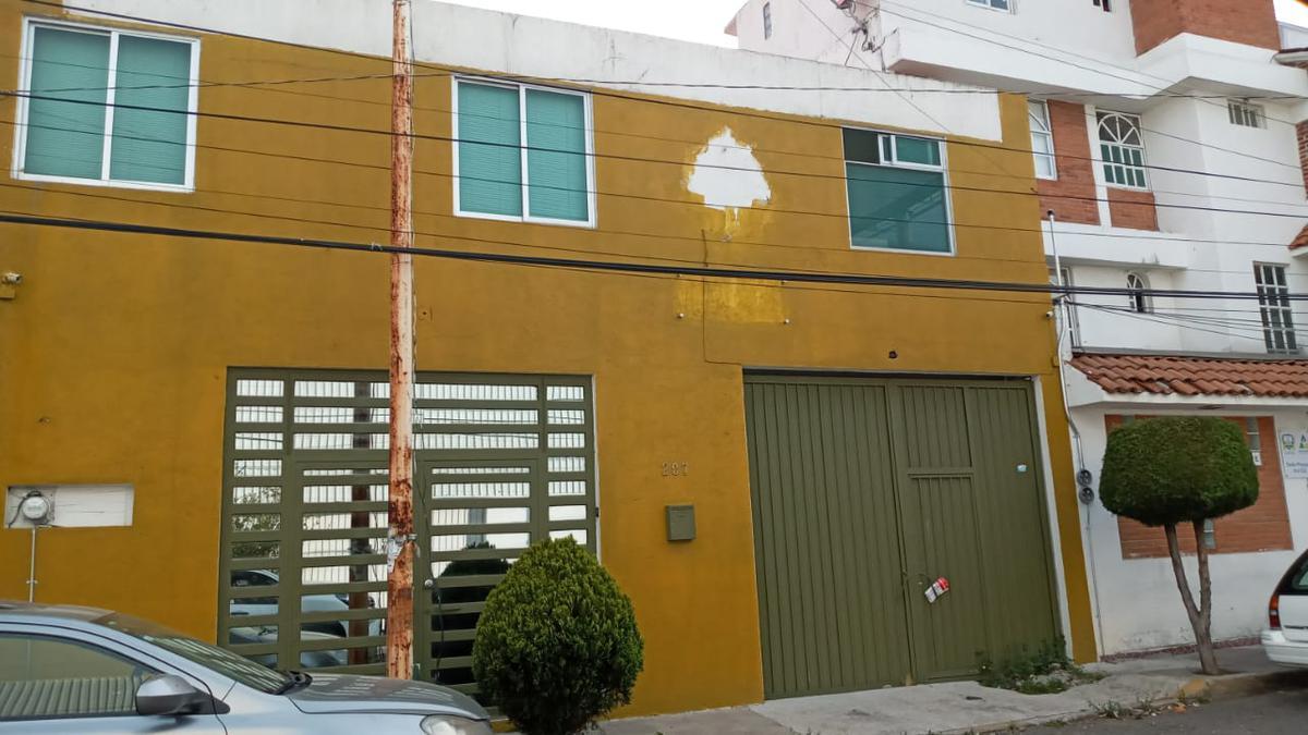 Foto Oficina en Venta | Renta en  Metepec ,  Edo. de México  FRACCIONAMIENTO  XINANTECATL