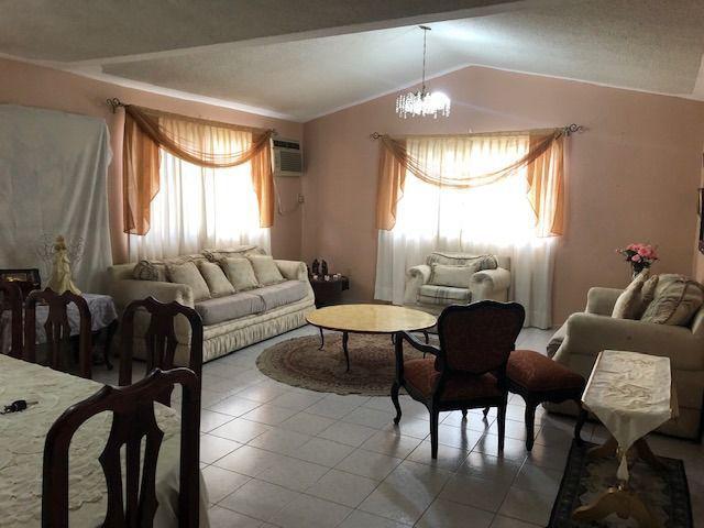 Foto Casa en Venta en  Fraccionamiento Loma de Rosales,  Tampico  CASA CON TERRENO GRANDE EN LOMAS DE ROSALES