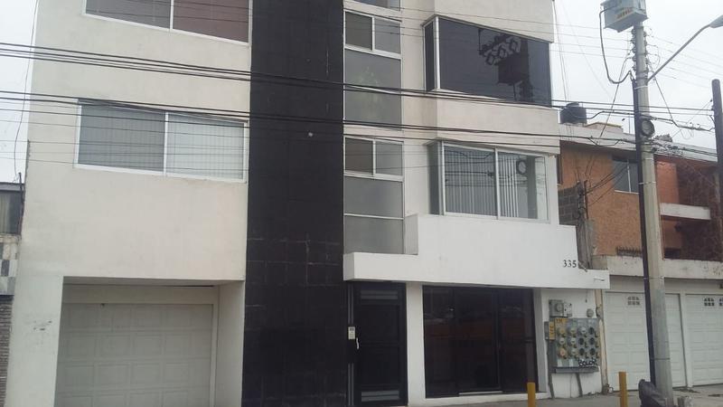 Foto Departamento en Venta en  Las Cumbres,  San Luis Potosí  SE VENDE DEPARTAMENTO TOTALMENTE AMUEBLADO LOMAS 1A SECCIÓN
