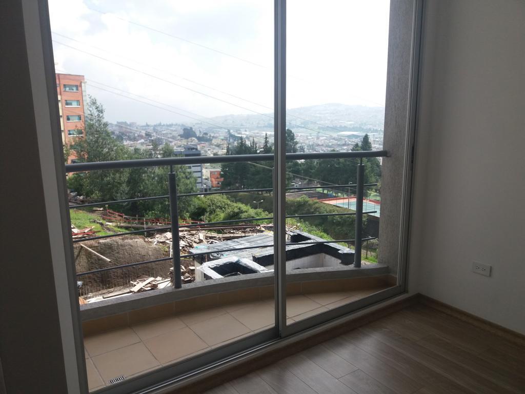 Foto Departamento en Alquiler en  Norte de Quito,  Quito  Cerca al C.C. El Bosque, 2 dormitorios, estrene, excelentes áreas comunales