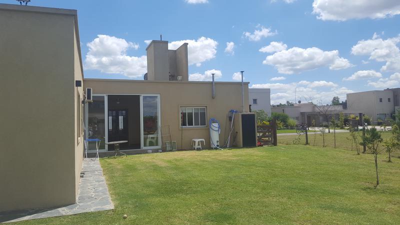 Foto Casa en Venta en  Canning,  Canning  LA HORQUETA DE ECHEVERRIA