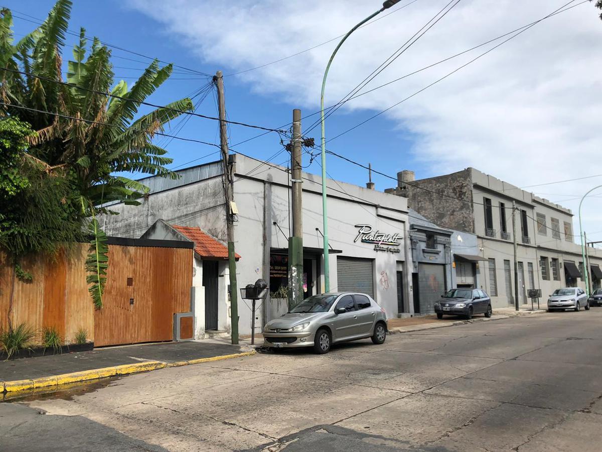 Foto Galpón en Venta en  Temperley,  Lomas De Zamora  DORREGO AL al 300