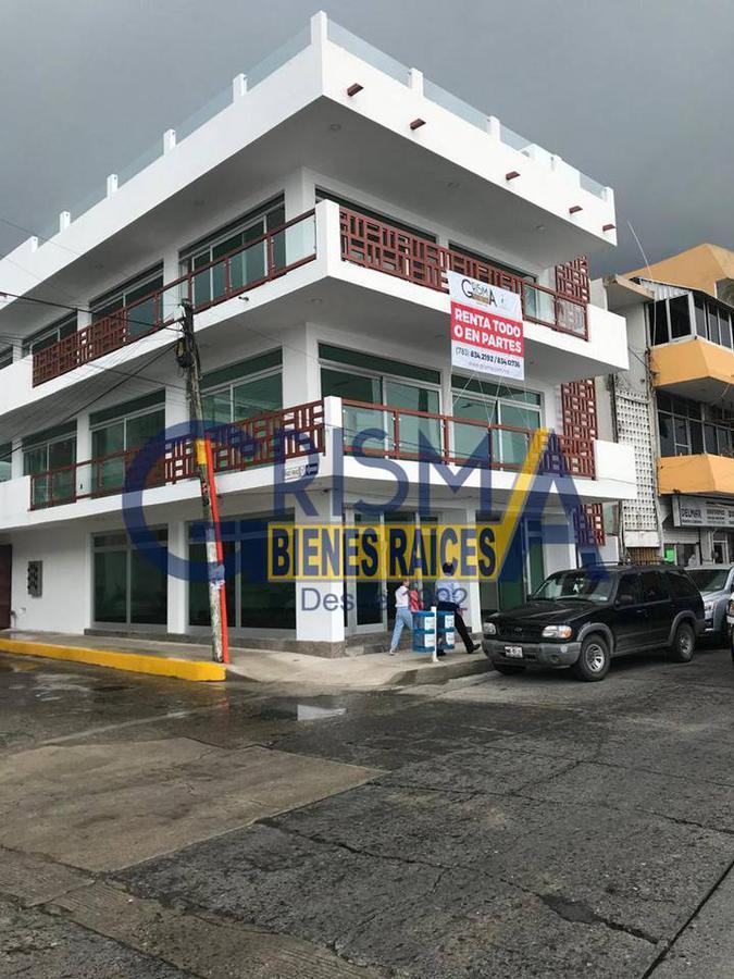 Foto Local en Renta en  Centro,  Tuxpan  OFICINAS SOBRE AVENIDA PRINCIPAL