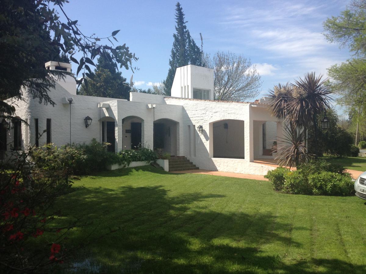 Foto Casa en Venta | Alquiler temporario en  Golfer's,  Countries/B.Cerrado (Pilar)  Golfers Club CC