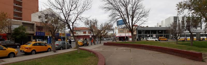 Foto Local en Alquiler en  Área Centro Este ,  Capital  Bartolome Mitre al 400. Local en Alquiler a Estrenar