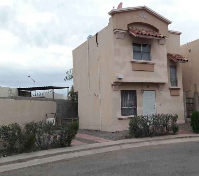 Foto Casa en Renta en  Residencial Puerta Real Residencial,  Hermosillo  CASA RENTA SEMI AMUEBLADA PUERTA REAL