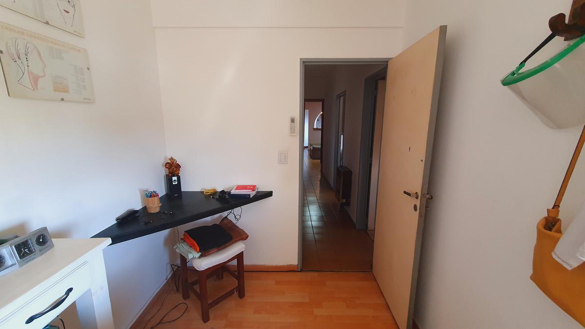 Foto Departamento en Venta en  San Miguel,  San Miguel  Charlone 602
