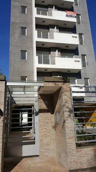 Foto Departamento en Venta en  Moron,  Moron  9 de Julio 962. Piso 5° A. Moron. Departamentos de 1 ambiente.