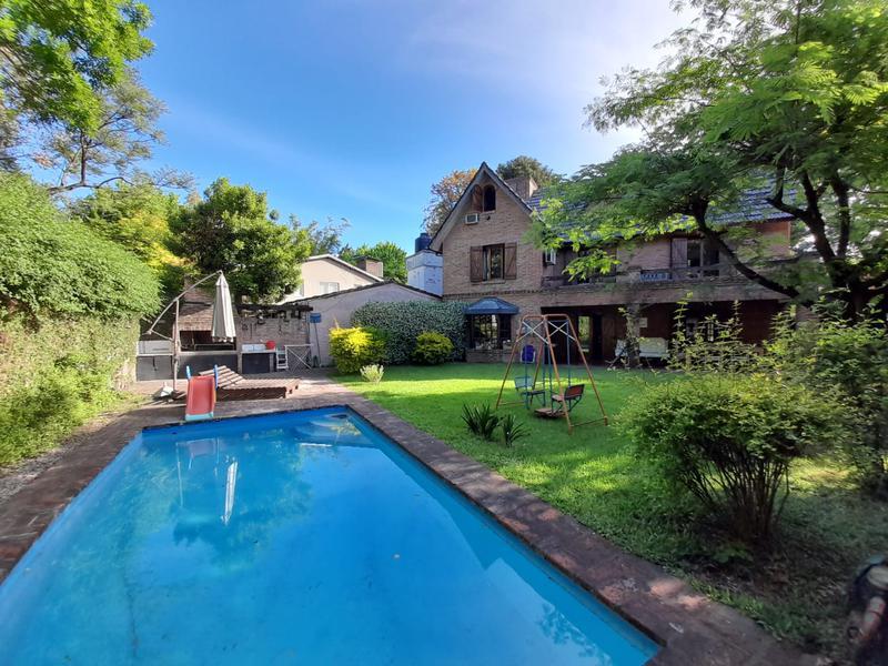 Foto Casa en Alquiler temporario en  Las Lomas-Horqueta,  Las Lomas de San Isidro  Blanco Encalada al 800