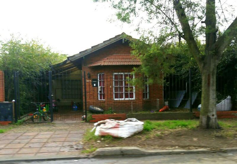 Foto Casa en Venta en  Ituzaingó,  Ituzaingó  Quinquela Martin al 1800