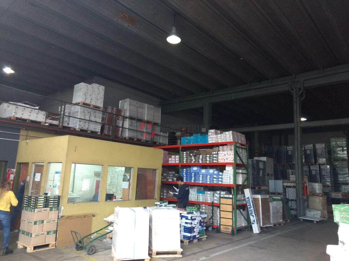 Foto Nave Industrial en Venta en  General Pueyrredon,  Cordoba  LIBERTAD esq. VIAMONTE