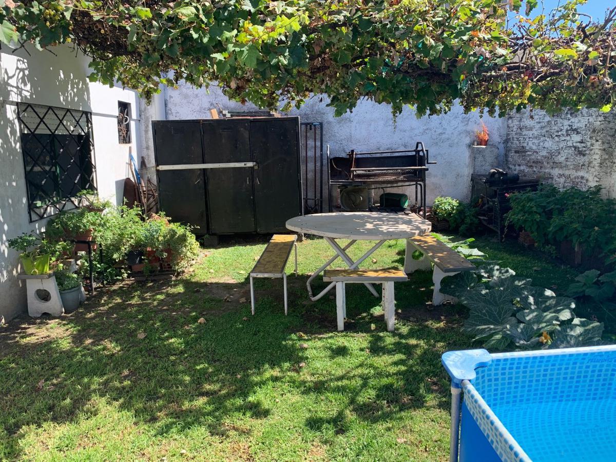 Foto Casa en Venta en  San Fernando ,  G.B.A. Zona Norte  Entre Rios al 2400 - Acepta depto en parte de pago!!
