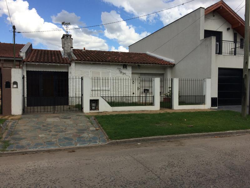 Foto Casa en Alquiler en  Jose Clemente Paz ,  G.B.A. Zona Norte  Jose Clemente Paz