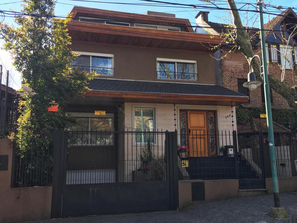 Foto Casa en Venta en  La Lucila-Vias/Libert.,  La Lucila  Dr. Tomás Anchorena al 500