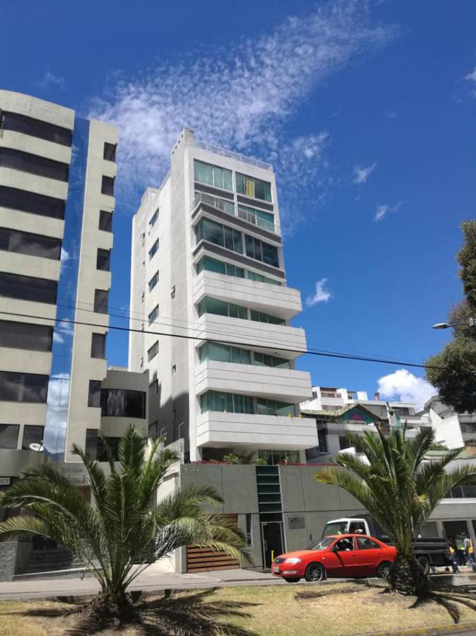 Foto Departamento en Venta en  La Carolina,  Quito  Eloy Alfaro y Portugal