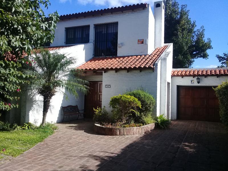 Foto Casa en Venta en  Bella Vista,  San Miguel  Av Gaspar Campos al 1500