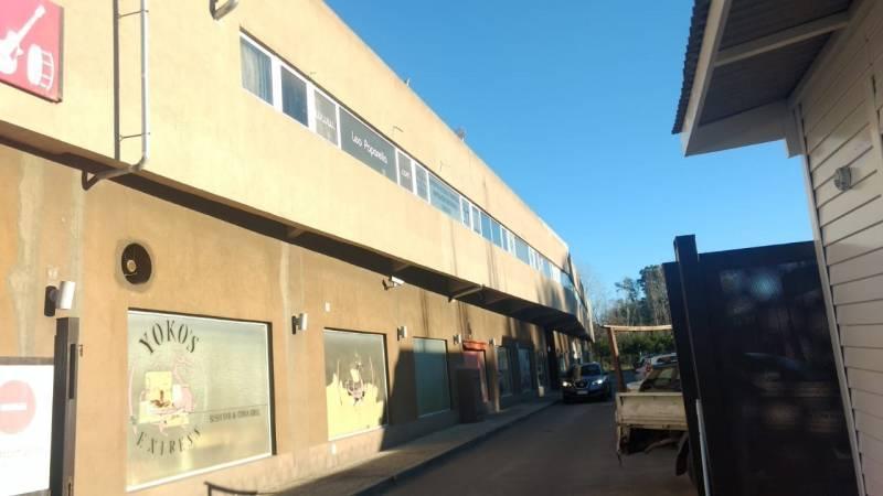 Foto Local en Venta en  Villa Rosa,  Pilar  Av Caamaño al 1000