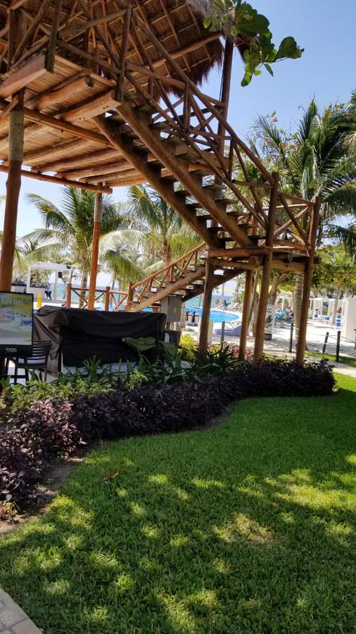 Foto Departamento en Venta   Renta en  Solidaridad ,  Quintana Roo  DEPARTAMENTO 1 REC. - 2do. Piso - A UNOS METROS DEL MAR -THE FIVES XCALACOCO