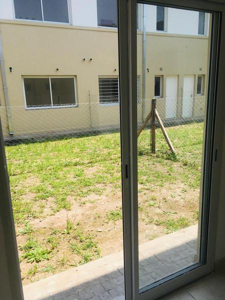 Foto Departamento en Venta | Alquiler en  San Miguel,  San Miguel  Casacuberta al 800