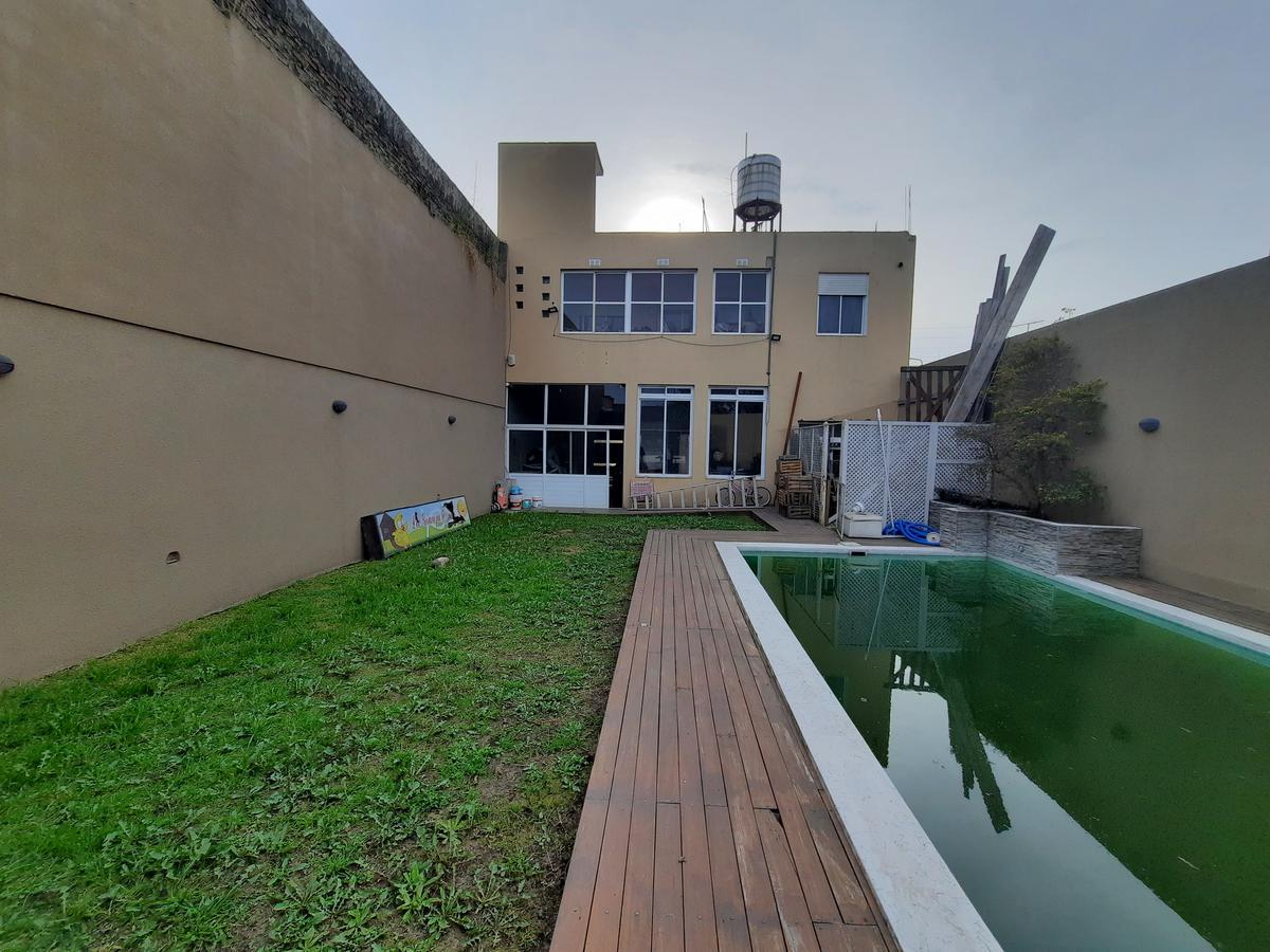 Foto Casa en Venta en  Villa Luzuriaga,  La Matanza  Los Andes 1775. Villa Luzuriaga