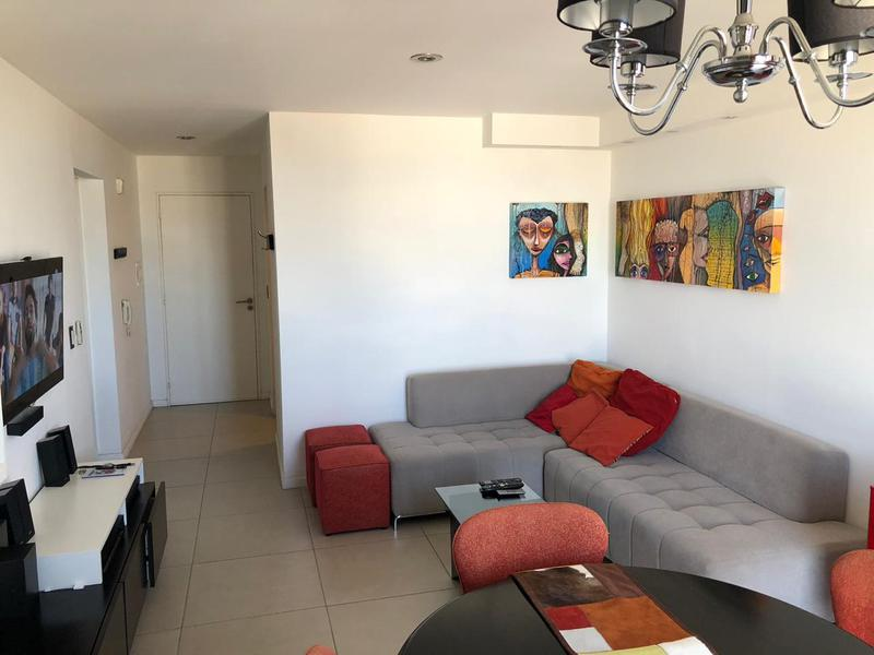 Foto Departamento en Venta |  en  Crisol Norte,  Cordoba  Depto 2 Dormitorios   Cochera - Bº Gral Paz-  Córdoba