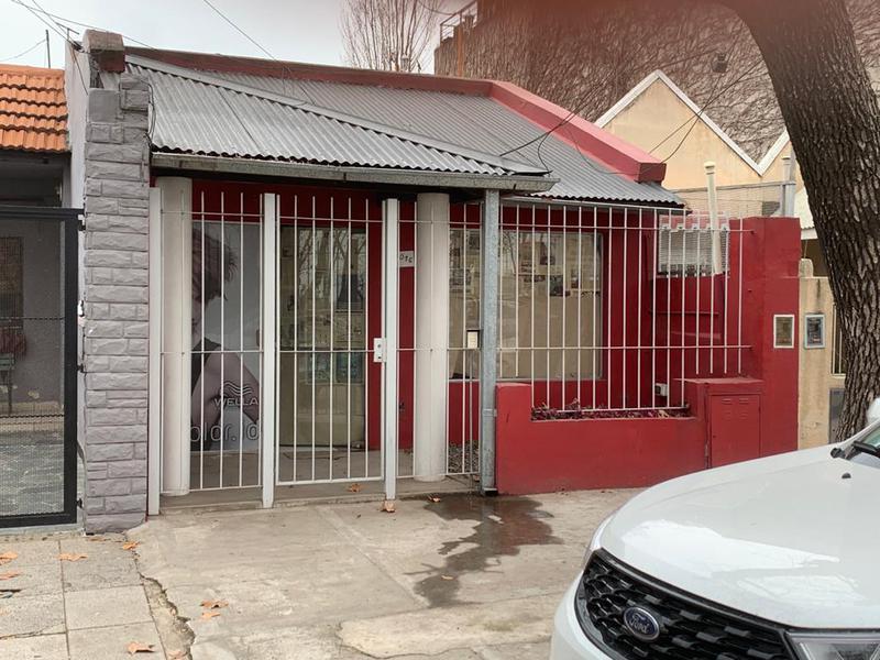Foto Casa en Venta | Alquiler en  Mart.-Fleming/Panam.,  Martinez  Dardo Rocha al 3000