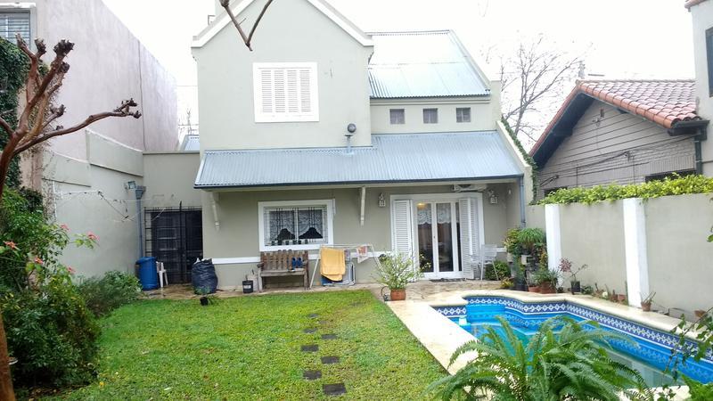 Foto Casa en Venta en  Turdera,  Llavallol  Padre Bruno al 600